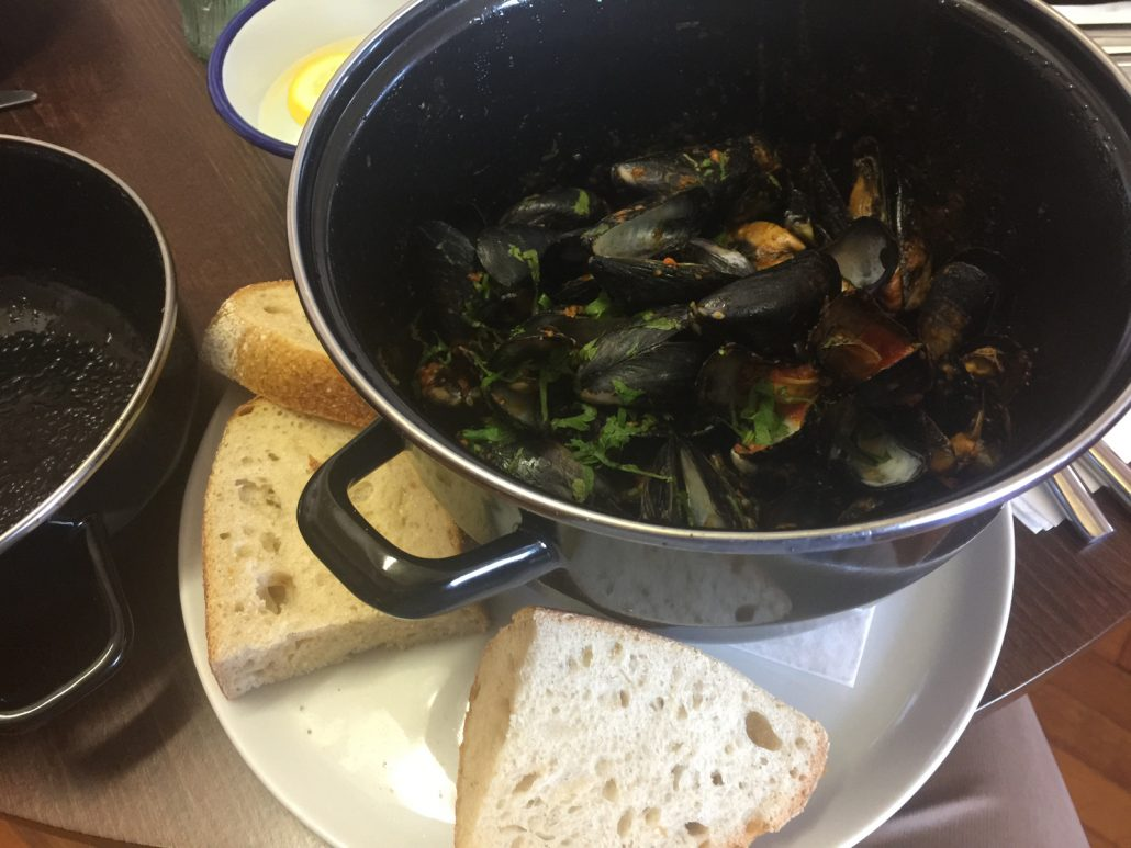 Dylan's Celtic Dragon Mussels
